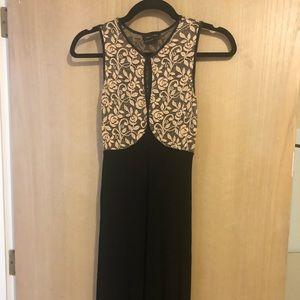 Dresses & Skirts - Elegant maxi dress